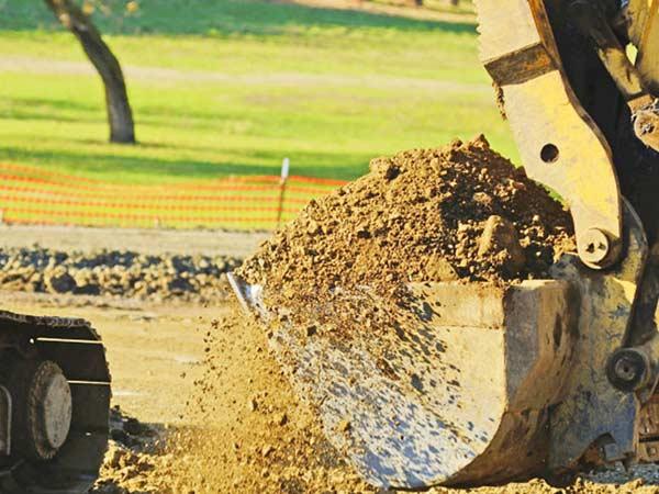 Piccole-escavazioni-fondamenta-cantina-Sassuolo